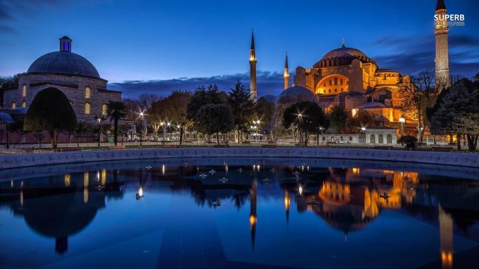 istanbul-22342-1366x768