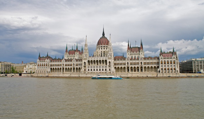 the-hungarian-parliament-building-7960