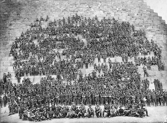 Piramitler Anzak askerleri